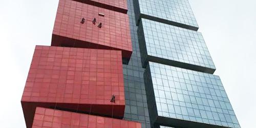 傲天鸟告诉你高空外墙清洗注意事项有哪些