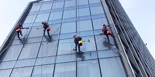 高空外墙清洗服务行业需要的资质认证以及施工条件1